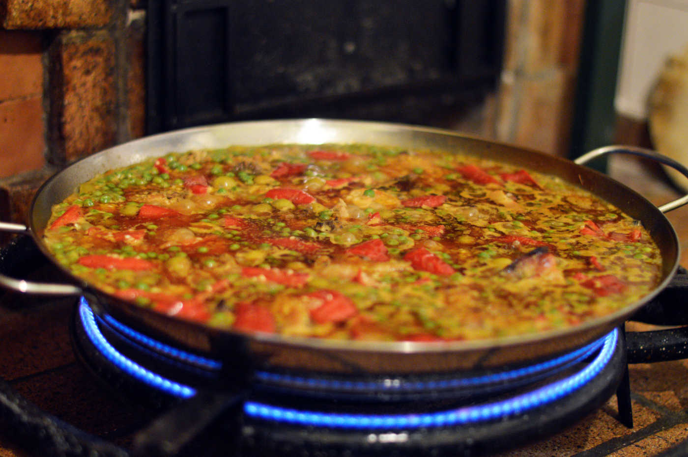 paella-party-header